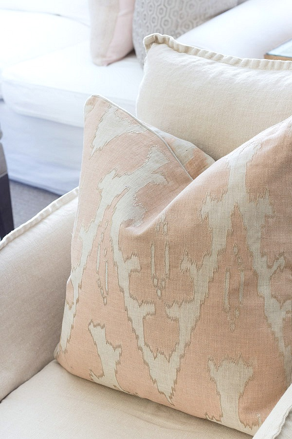 Beautiful blush pillows for spring - link to source in post!