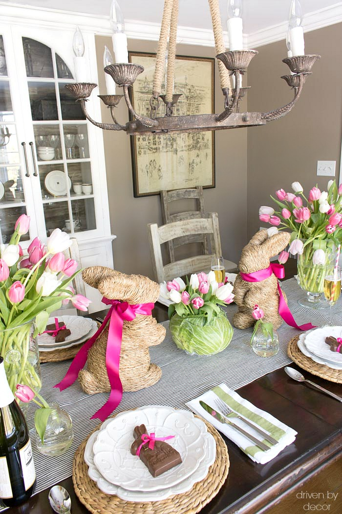 Setting a simple easter table with decorations you can for Everyday kitchen table setting ideas