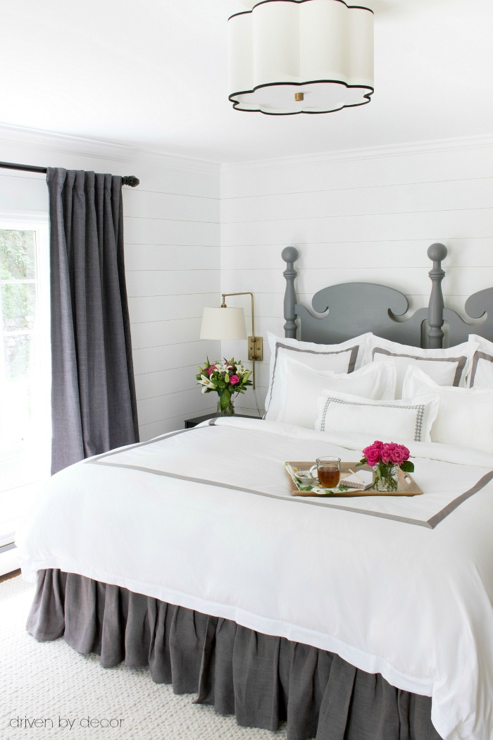 Hotel-like white luxury bedding - love! Details and links in post!
