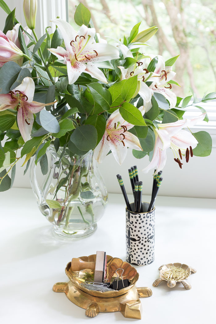 Flowers and the cutest desk accessories!