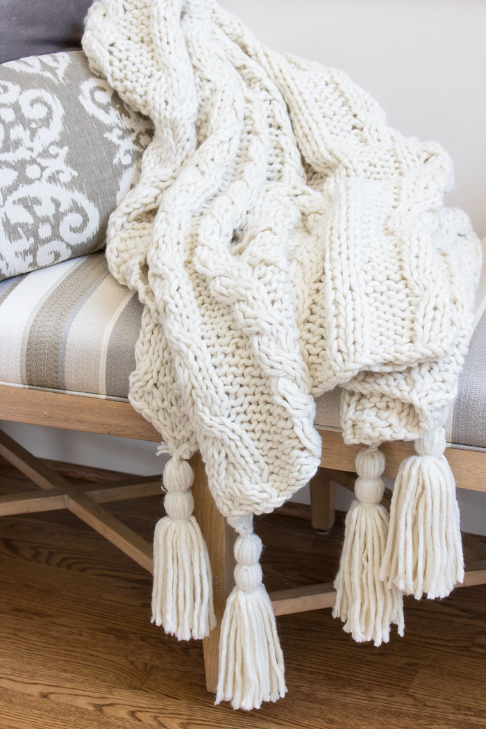 Chunky cable knit tassel throw blanket - love!!