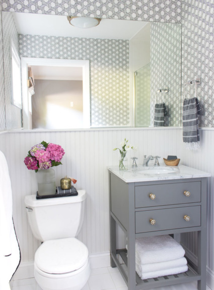 Our Small Guest Bathroom Makeover