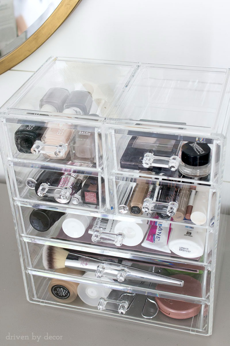 The perfect storage space for your makeup and cosmetics - love that it's acrylic and has both large and small drawers!
