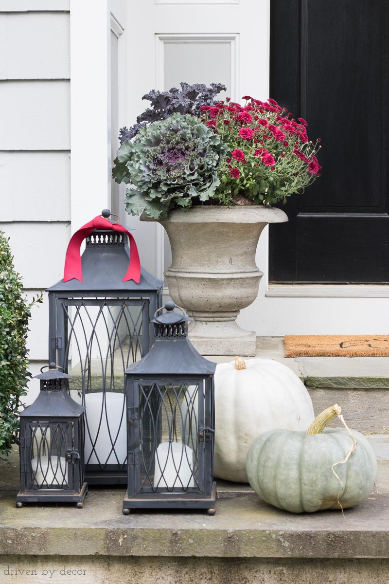 A trio of black lanterns is perfect for outdoor porch decor (link to lanterns in post!)