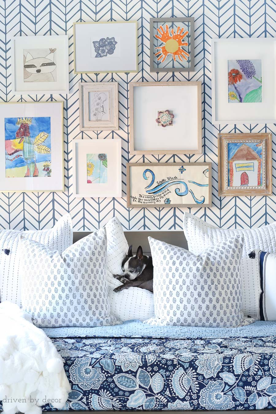 Gorgeous art gallery wall filled with children's art - love! Sources for frames included in post!