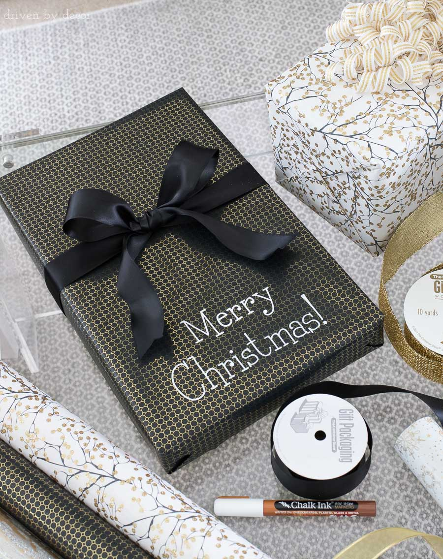 Write messages on your presents with a chalk pen! One of the easy Christmas gift wrapping ideas I love in this post!