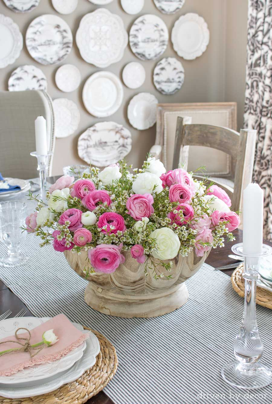 Fill a bowl or vase with a mix of ranunculus and wax flowers for a beautiful, simple spring table decoration!