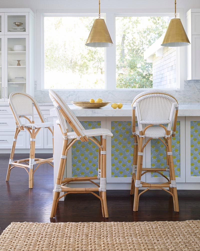 LOVE these rattan counter stools for my kitchen island bar!
