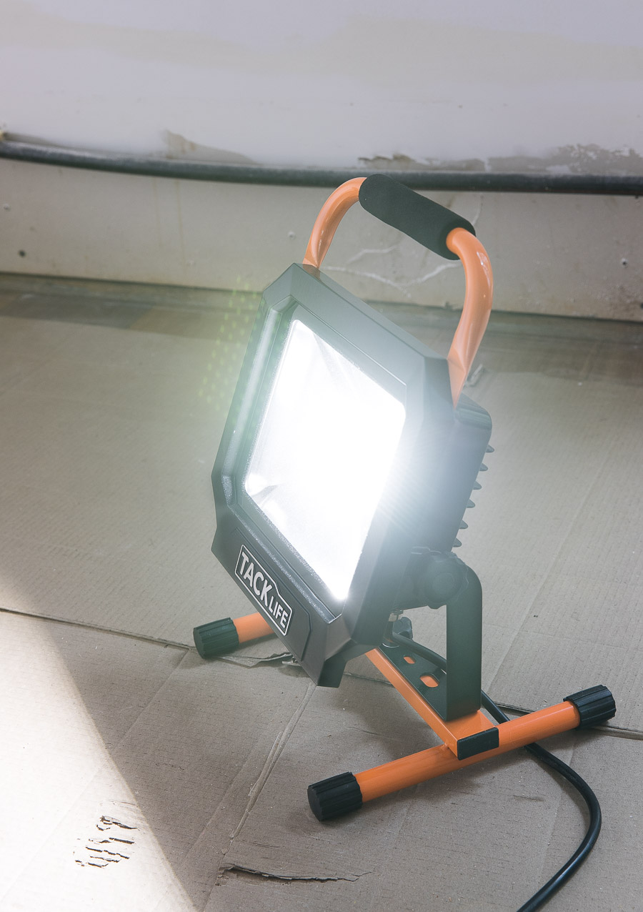 I need one of these LED work lights! So helpful when painting walls!