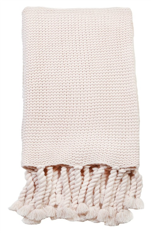 Chunky blush throw