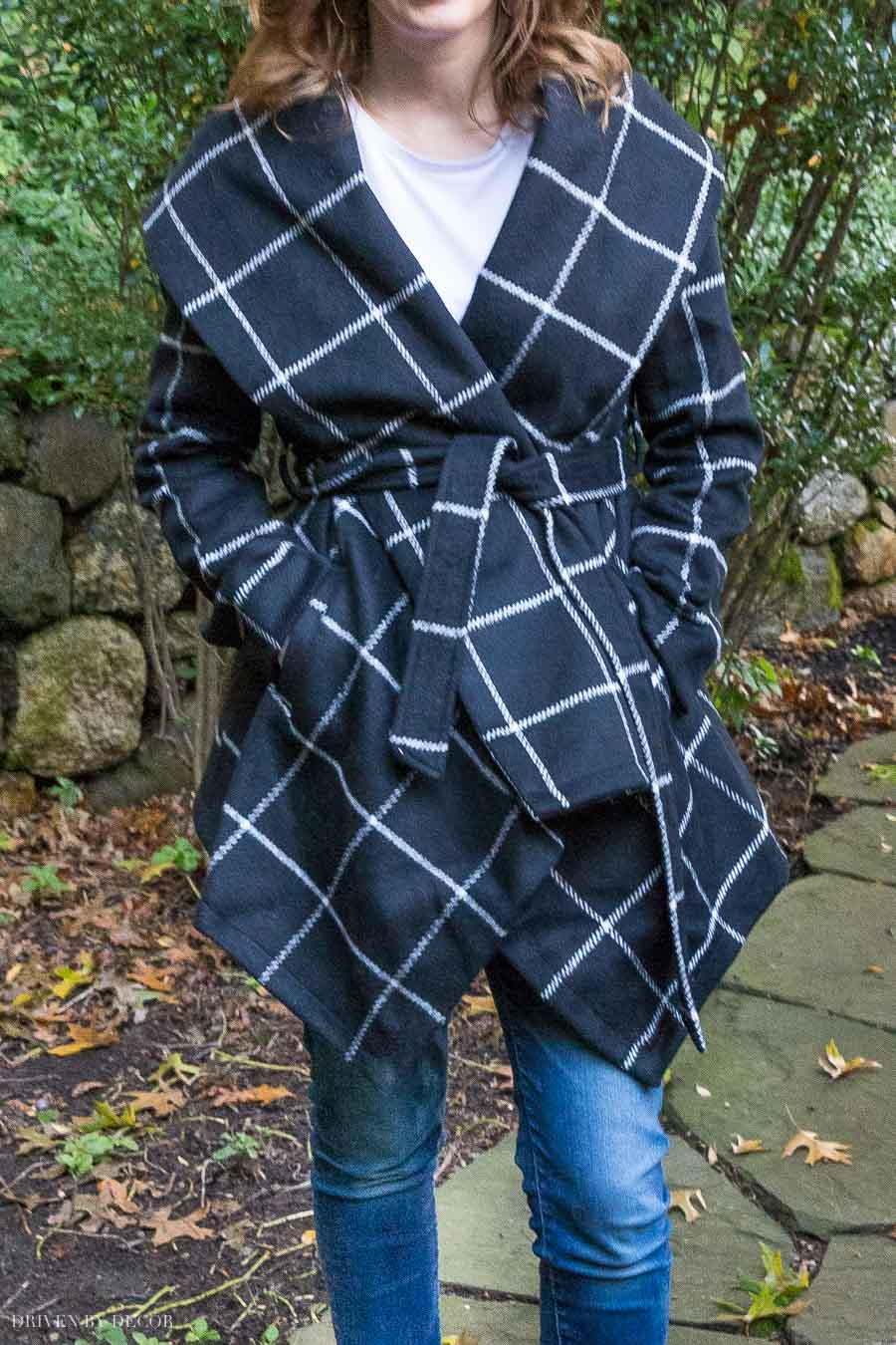 Love, love, love this stylish black and white jacket!