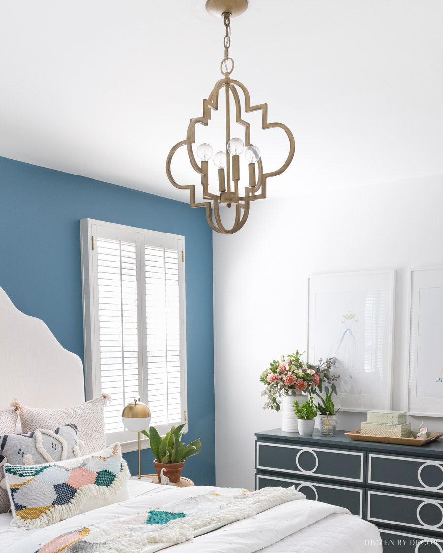Gorgeous quatrefoil design pendant light - love it in this bedroom!