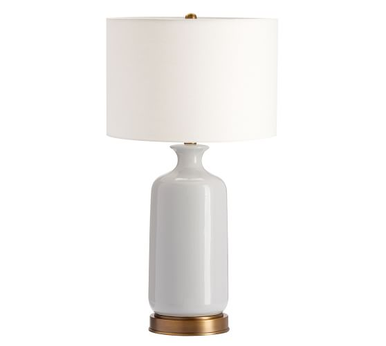 Love the idea of a table lamp with a USB outlet - so nice to have bedside, especially in a guest room.