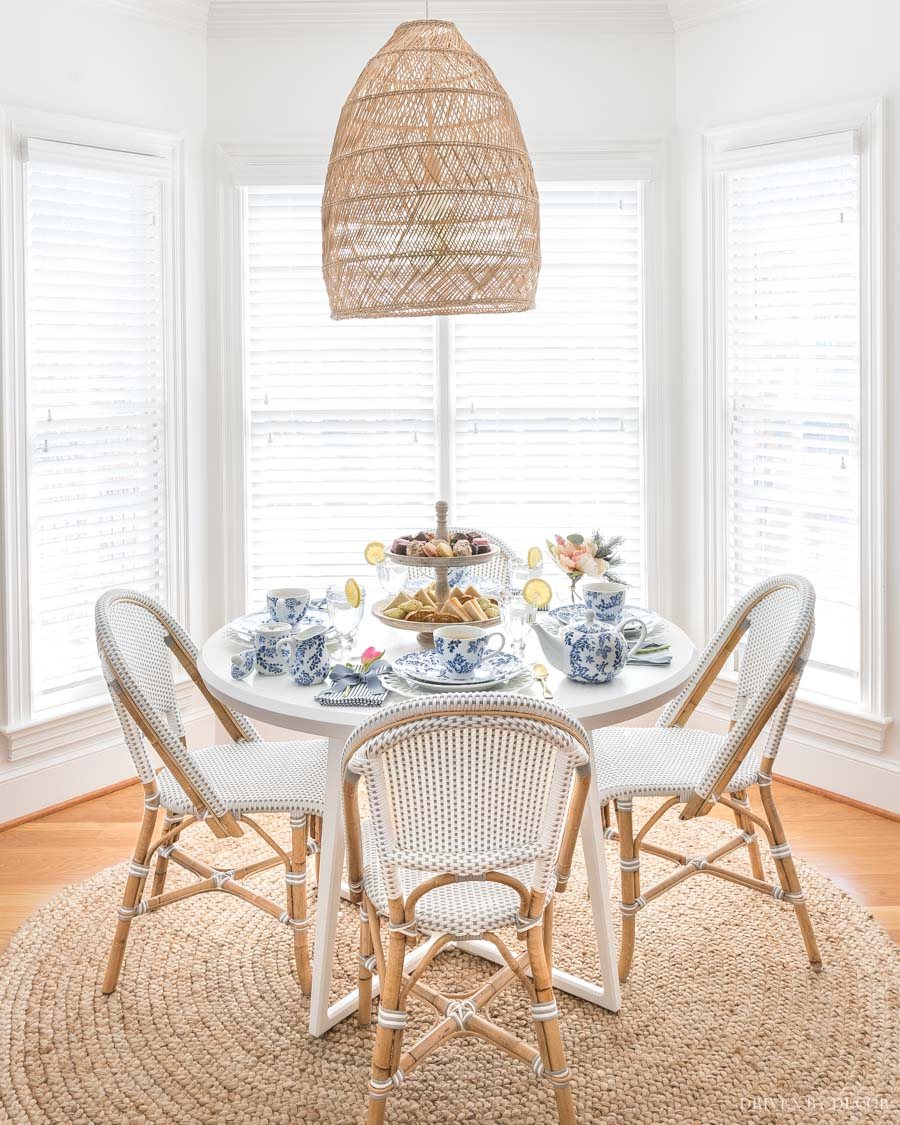 The simple woven pendant in our breakfast nook!