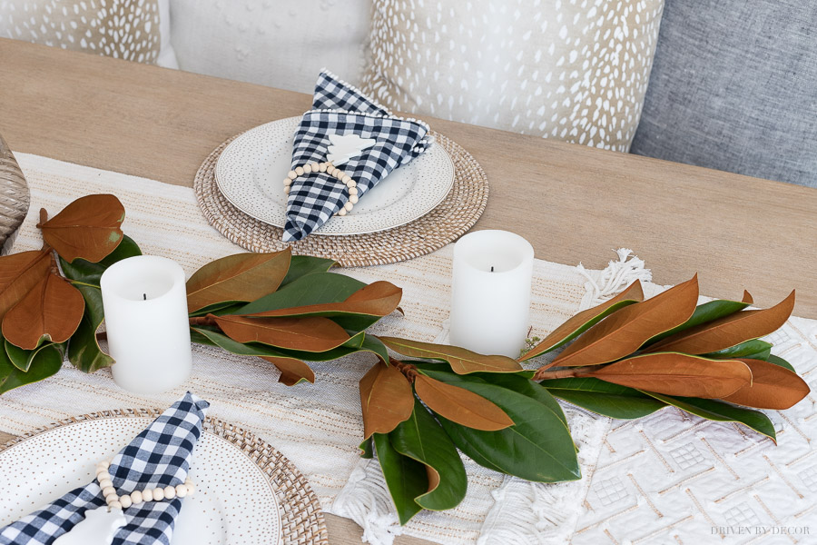 The step by step of how to make a greenery table runner!
