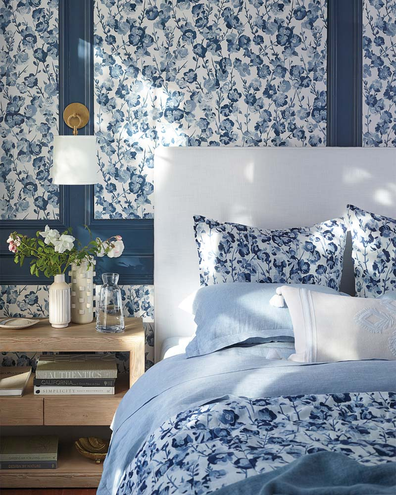 Gorgeous blue floral wallpaper! Love the idea of using it as an accent with wall molding! One of my favorite 2019 trends!