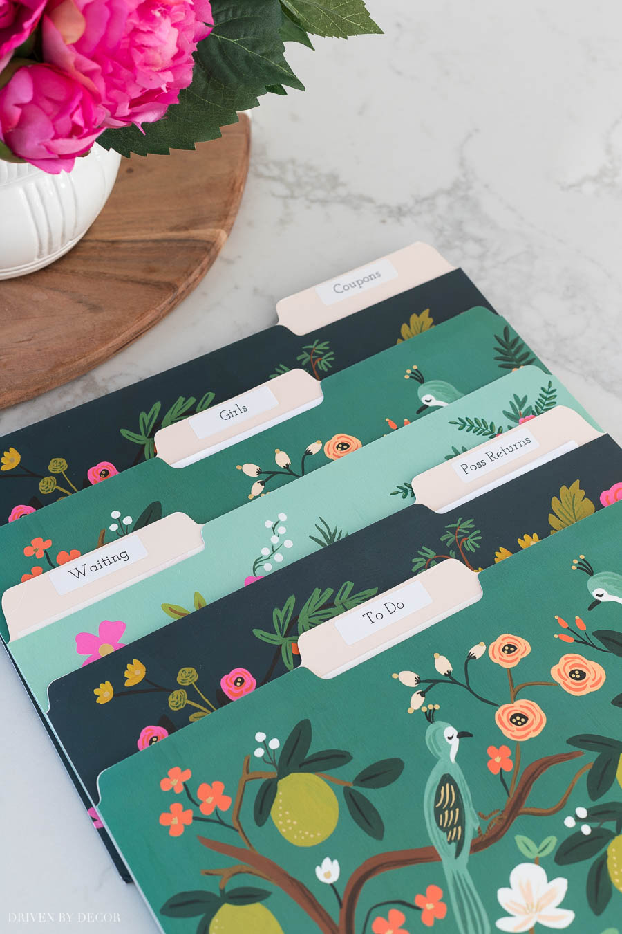 Loving these gorgeous file folders that are part of this kitchen command center!