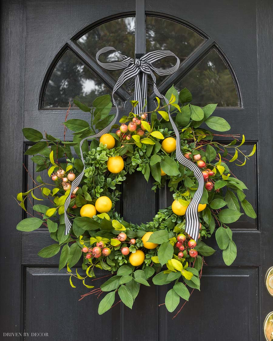 Gorgeous spring wreath with faux lemons! Linked in post!