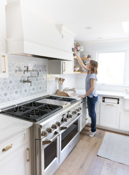 The Busy Girl's Guide to Spring Cleaning: Ten Must-Have Tips!