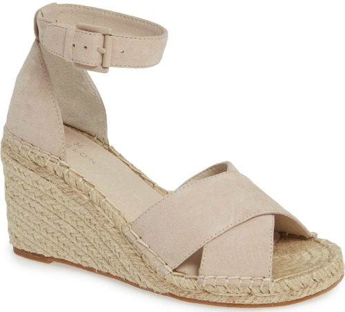 Love these blush suede espadrille sandals!