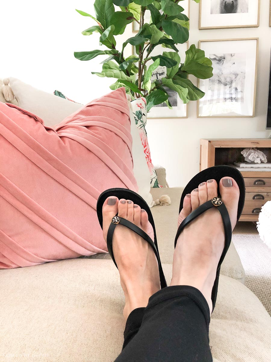 My wear-every-day black flip flops!