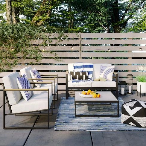 Inexpensive but great looking outdoor furniture set of chairs and loveseat!