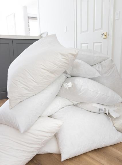 Throw Pillow Storage: How To Organize Your Pillow Stash!