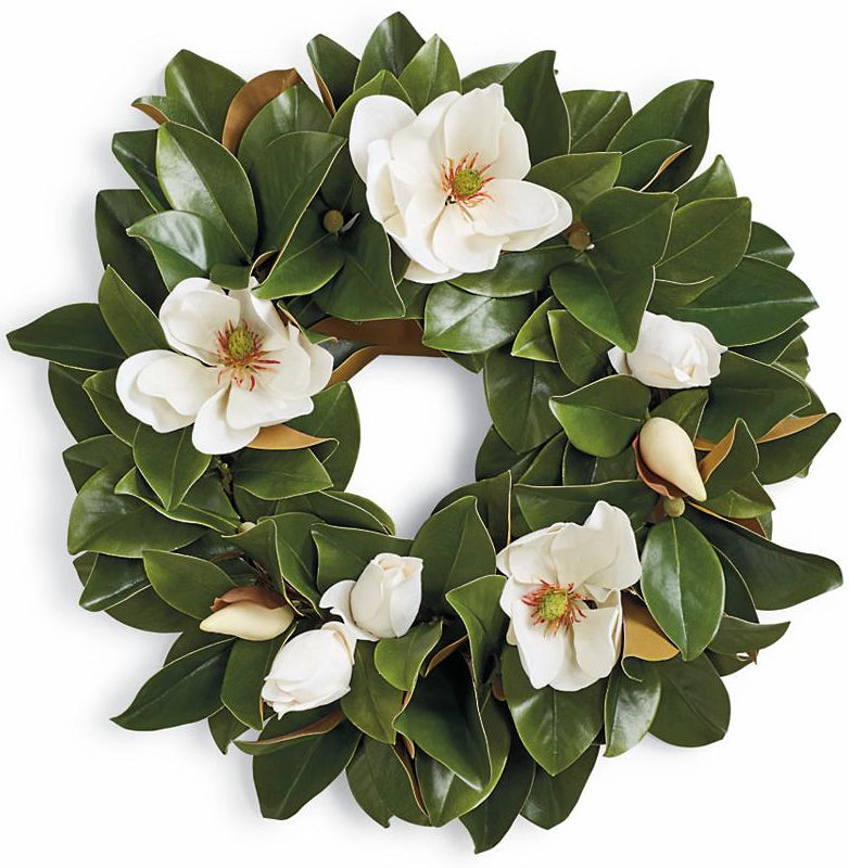 Such a pretty magnolia leaf wreath - the perfect fall wreath to transition to winter!