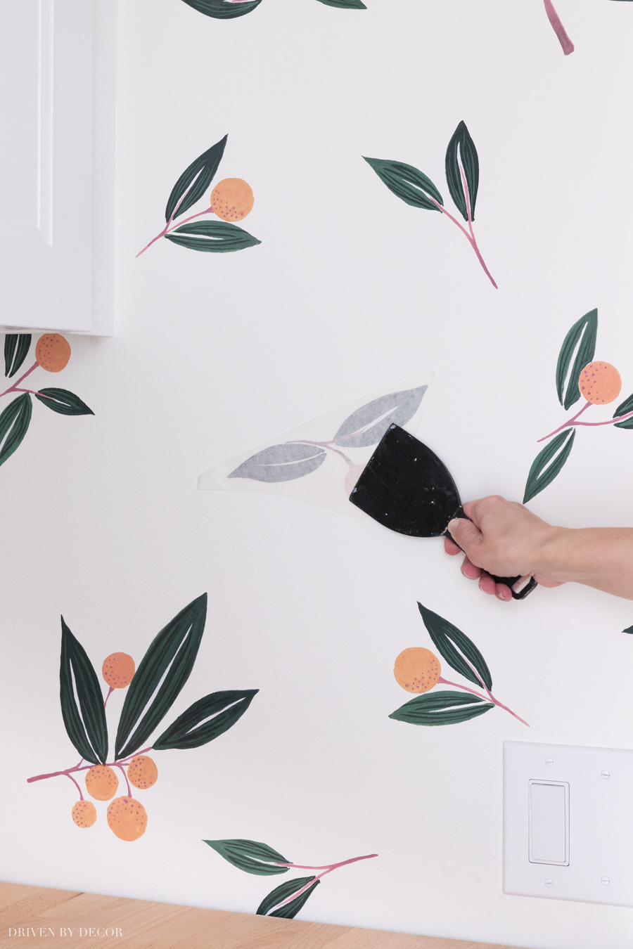 Great tips for applying vinyl wall decals like these tangerines!