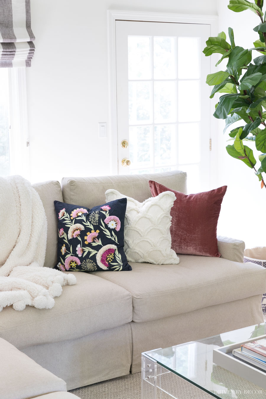 Gorgeous fall pillows! Love the colors and textures of this trio of pillows! Sources linked in post!