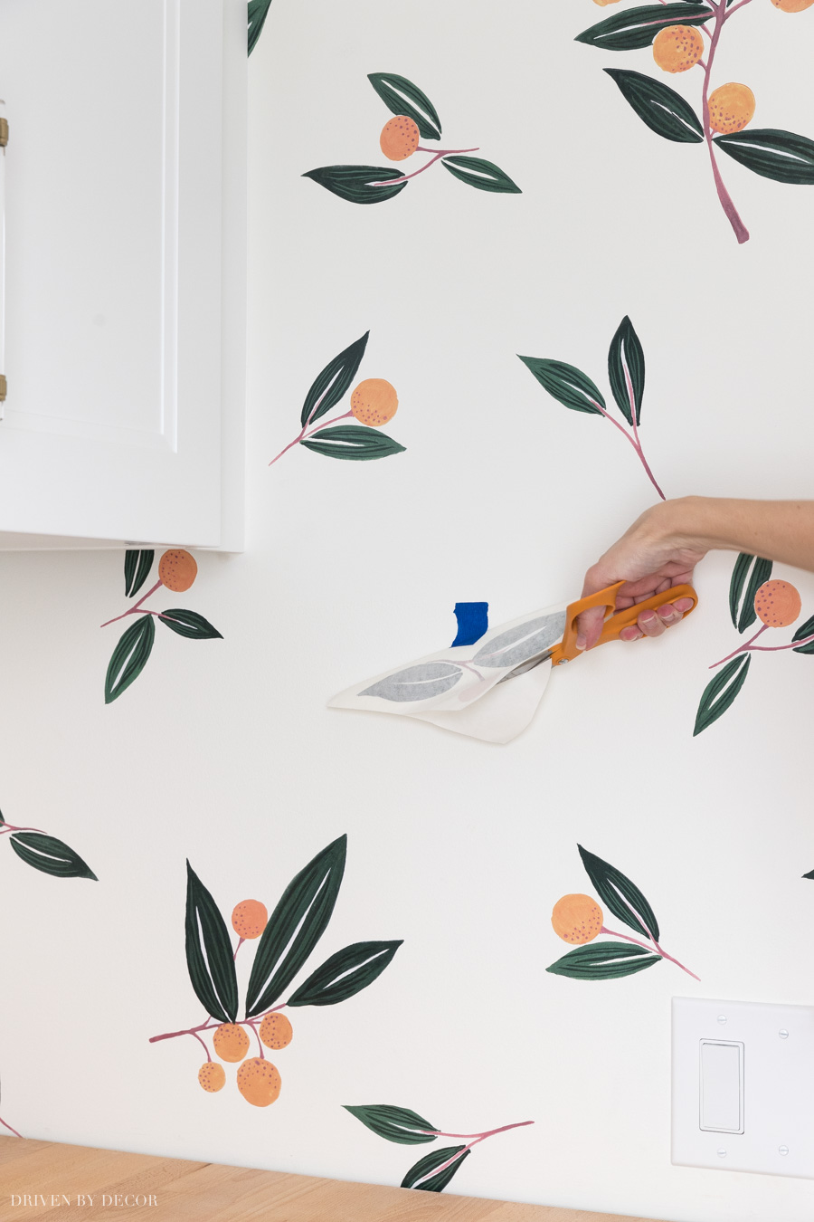 The best instructions on how to apply vinyl wall decals. So easy!