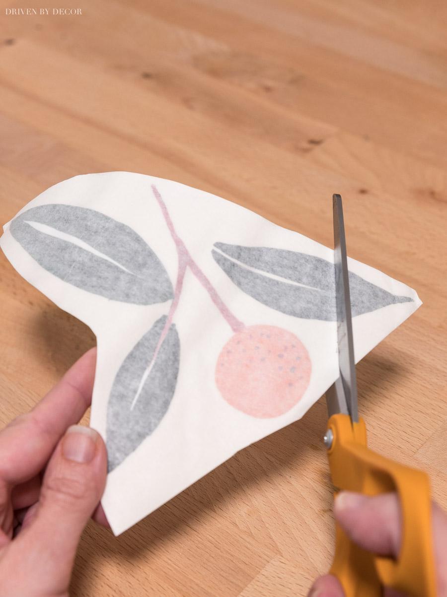 Alle Details, die Sie benötigen, um schnell und einfach Vinyl-Wandtattoos anbringen zu können!