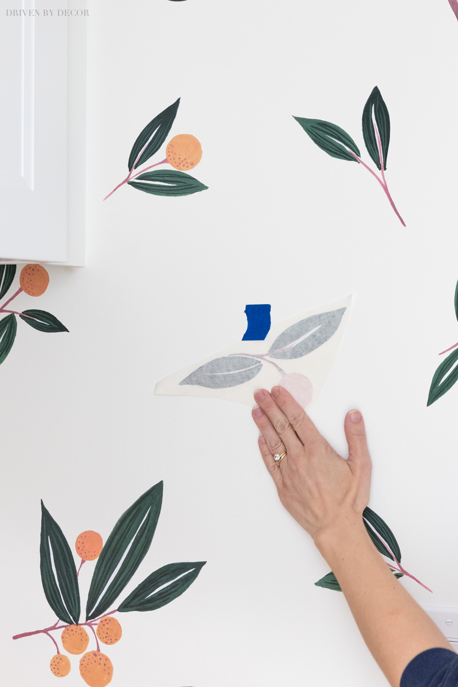 Great tips for applying vinyl wall decals!