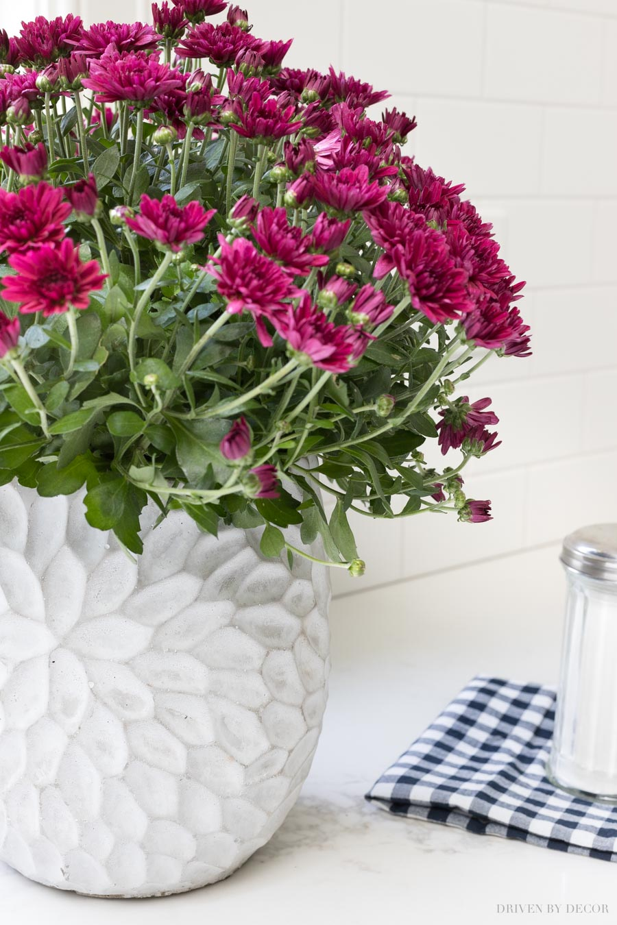 Such a pretty indoor outdoor planter - it's linked in this post!