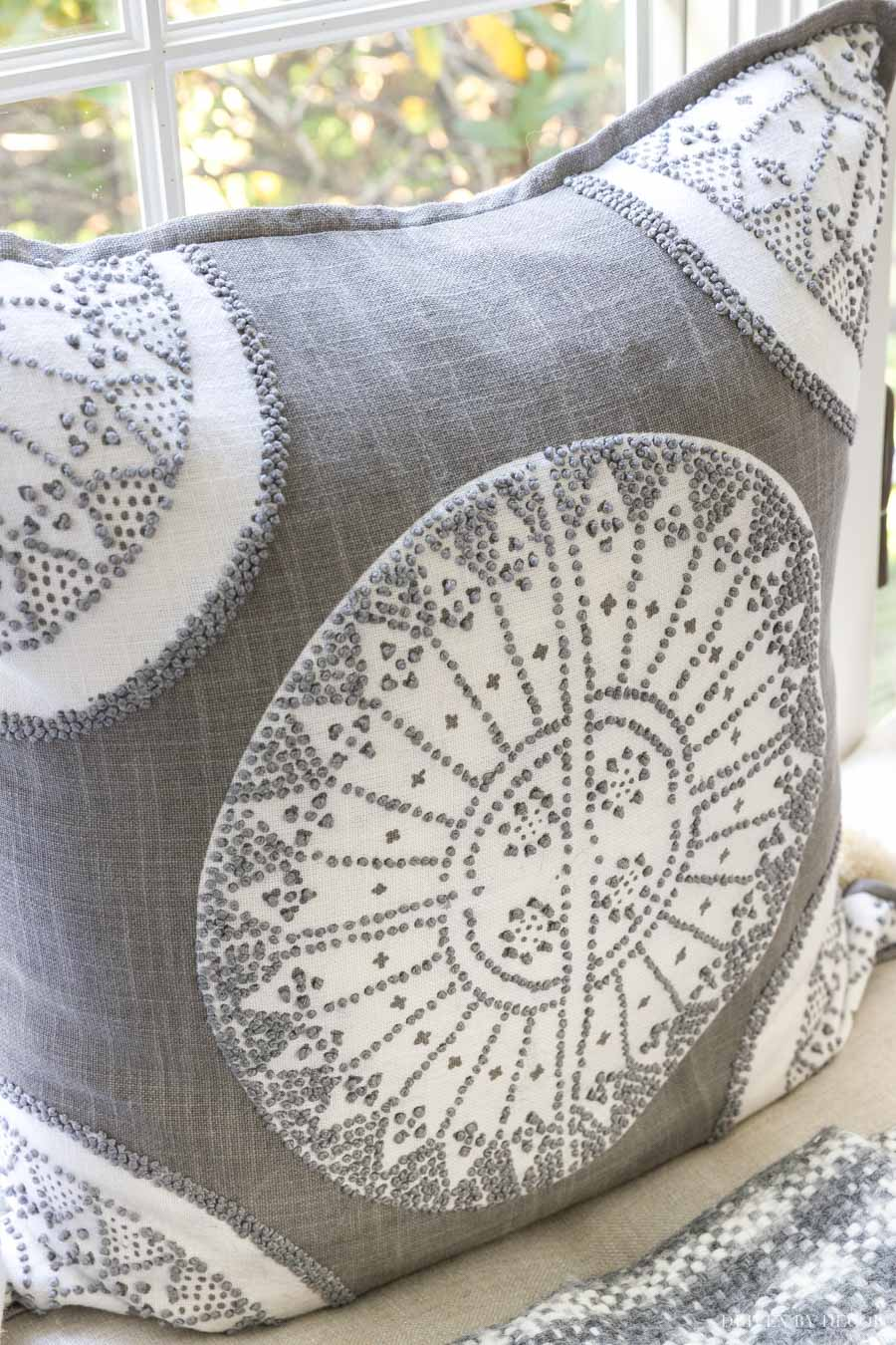 Such a gorgeous gray and white pillow!!