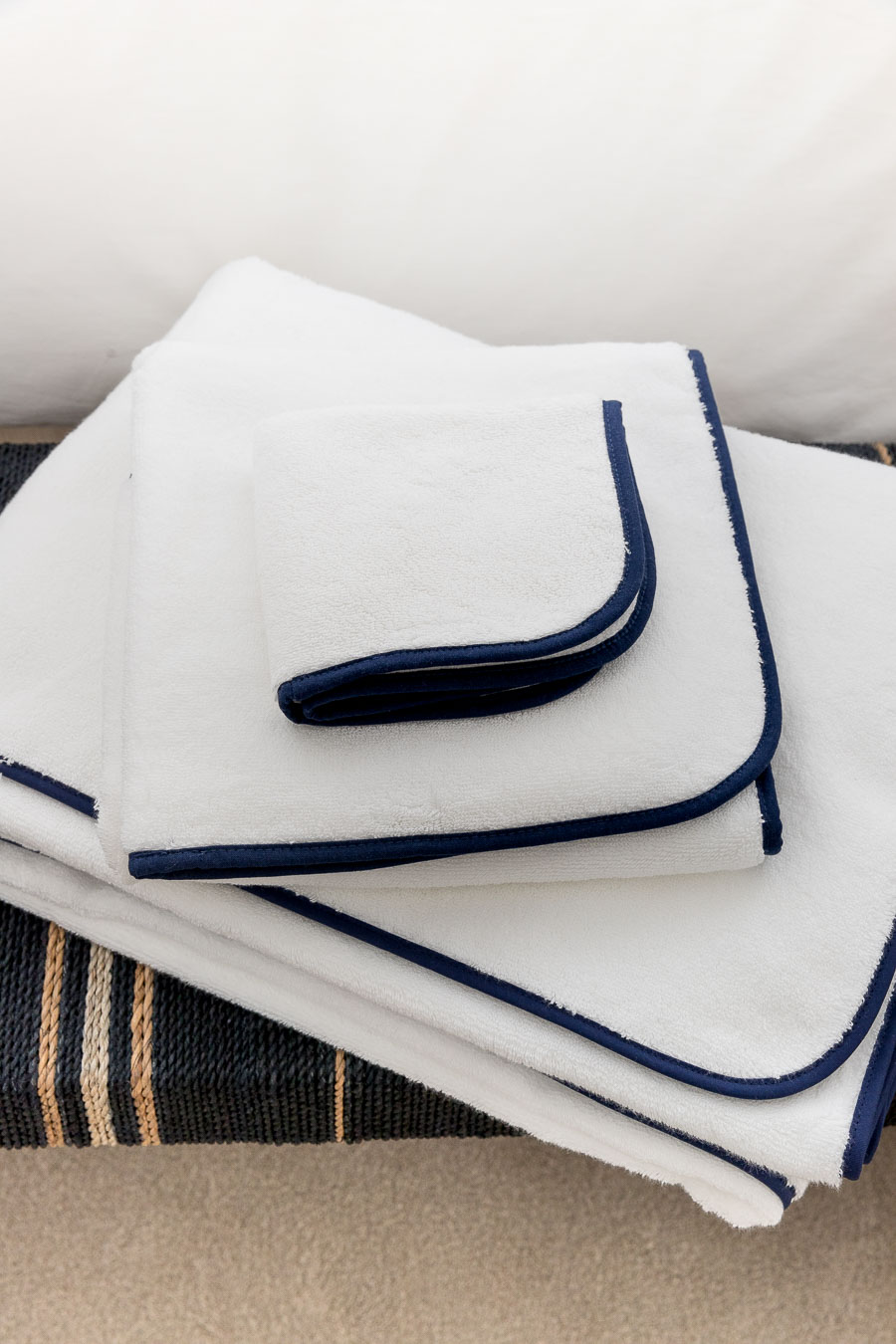 Super soft, large towels with a navy edge