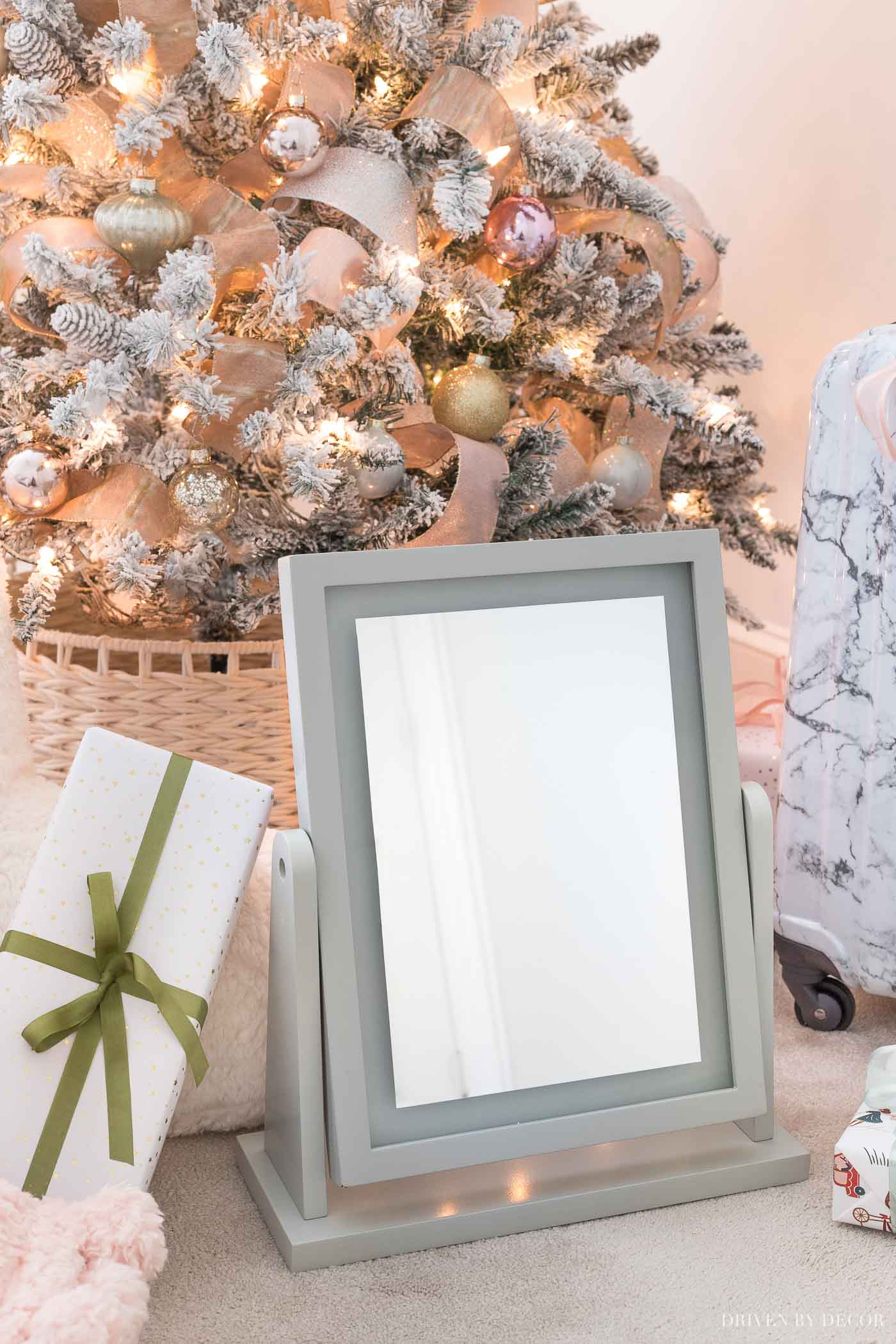 The prettiest light up vanity mirror - such a great Christmas gift idea for teen girls!