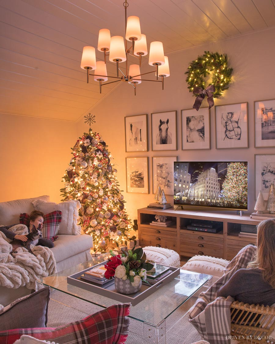 Super cozy family room decorated for Christmas!