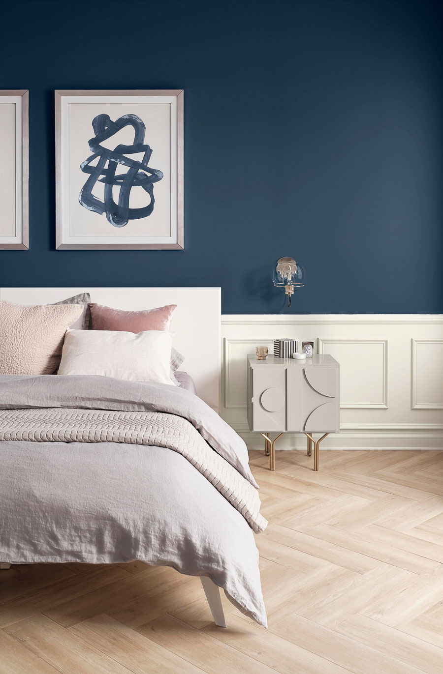 Sherwin-Williams Naval is their 2020 color of the year! See what other colors are trending!