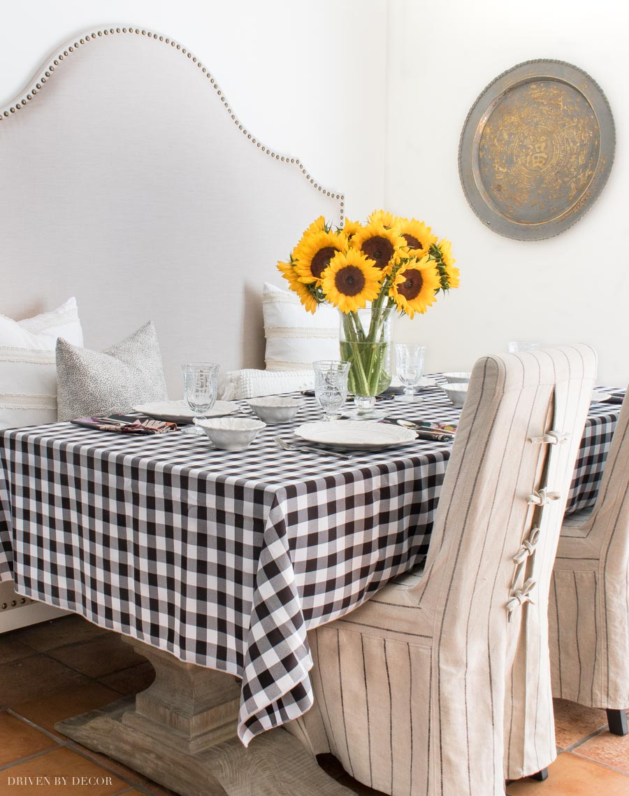 Love this black and white check tablecloth!