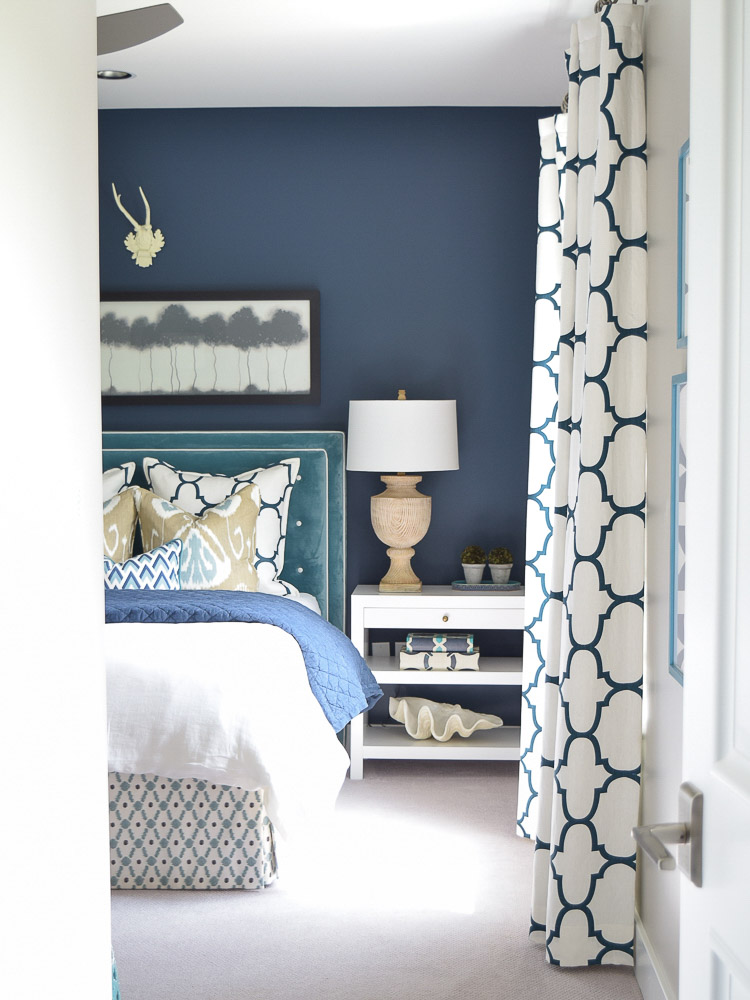 Crushing on this dark blue paint color! One of the most popular blues - details in post!