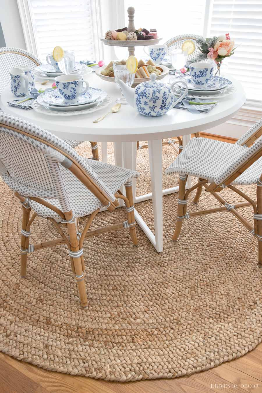 Breakfast nook with beautiful round braided jute rug