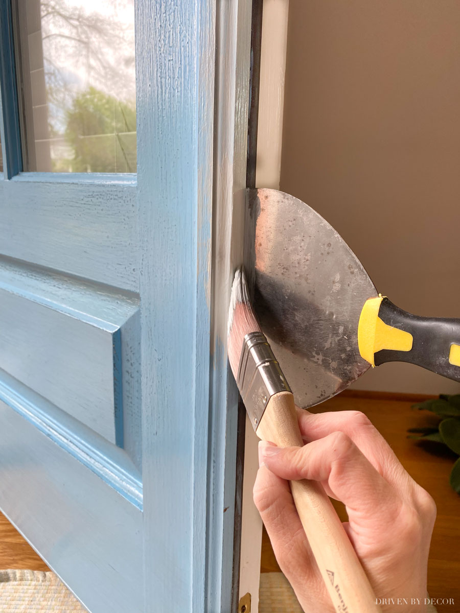 Such a great tip for painting the inside edge of your front door!