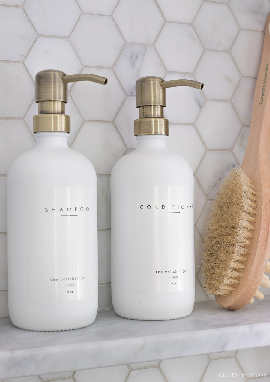 Love these pretty pump bottles for shampoo and conditioner!