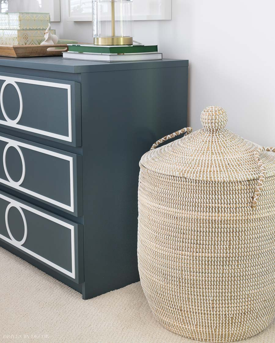Love this stylish seagrass hamper with lid for laundry!