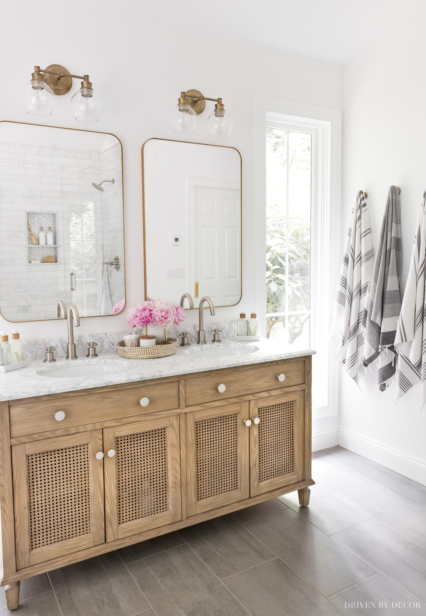I love the white color in this bathroom - Benjamin Moore Chantilly Lace