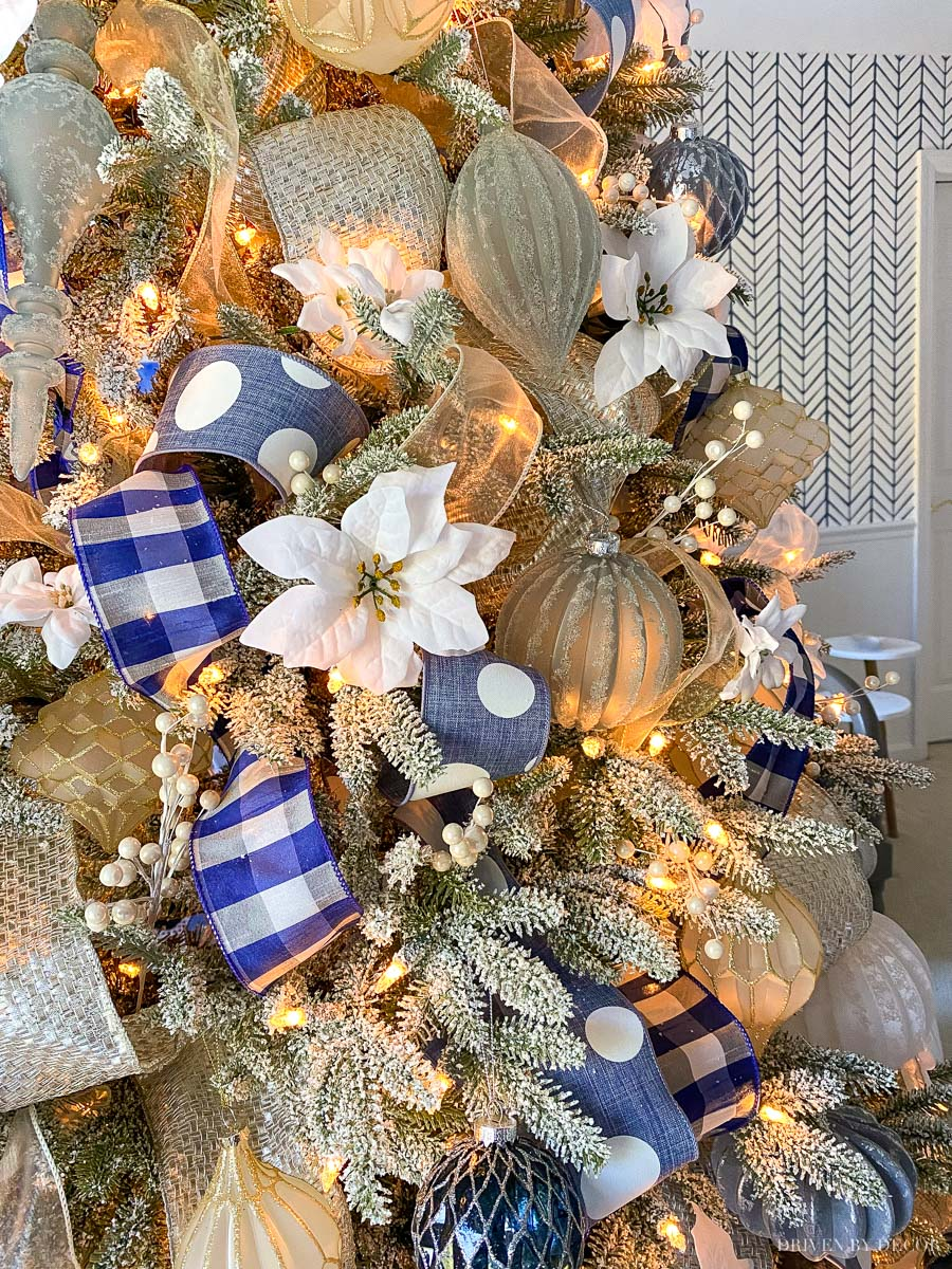 Gorgeous ideas for decorating your Christmas tree!