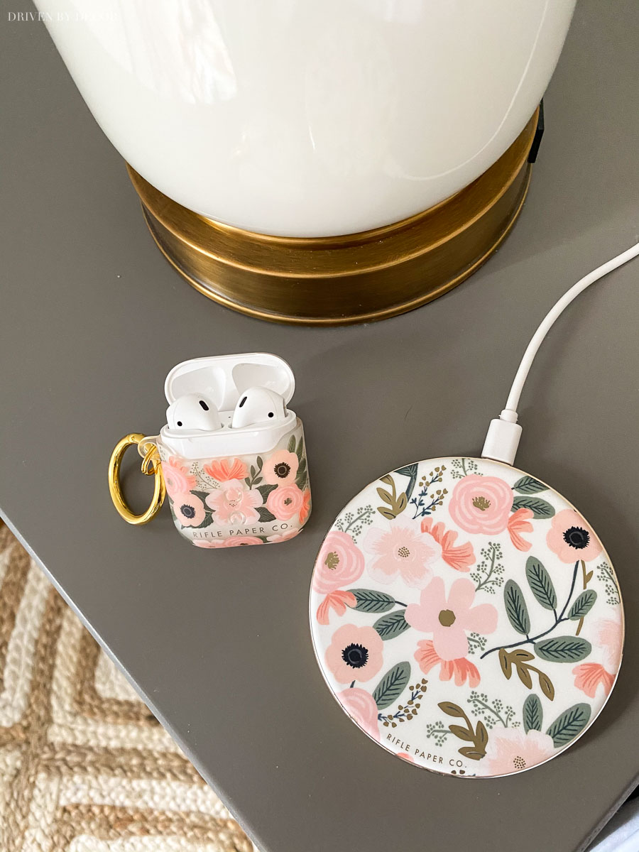 A Black Friday deal on the cutest Christmas gifts for her - airpod case and wireless charger!