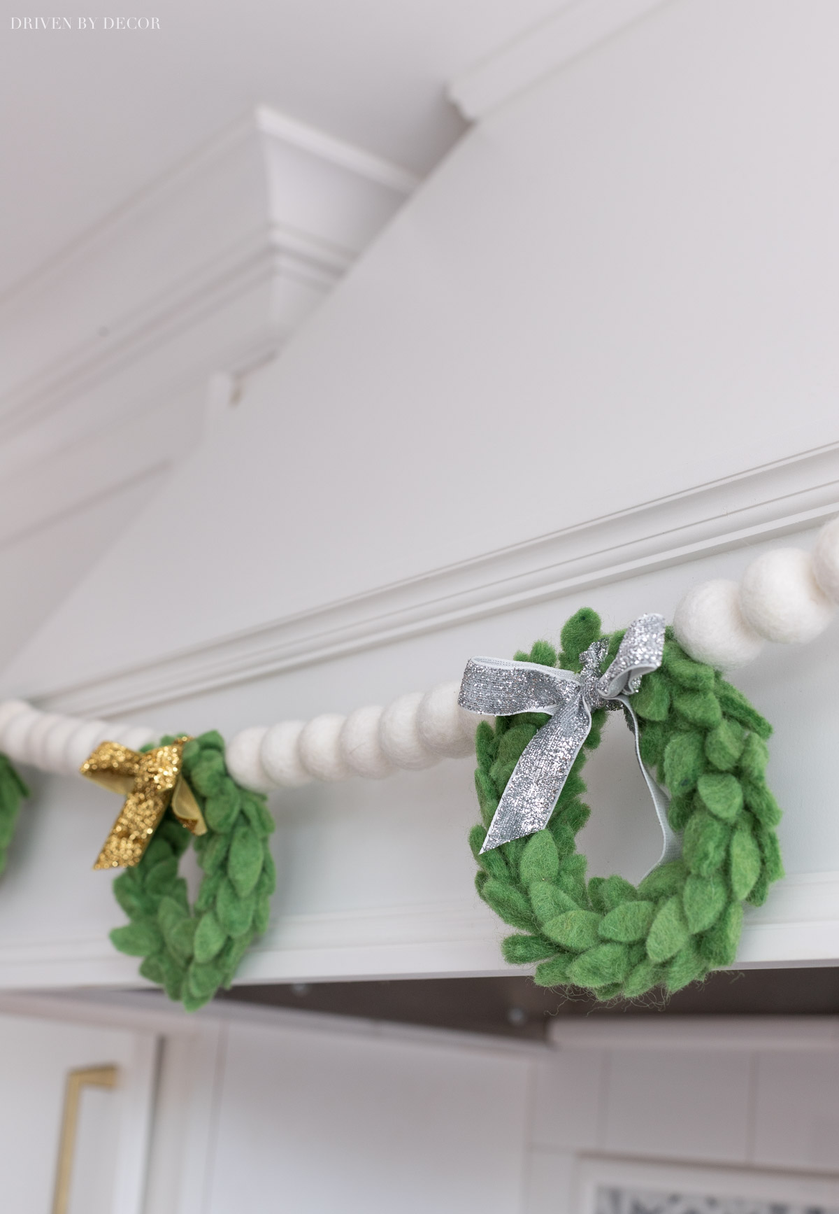 Love this handmade felt wreath garland!