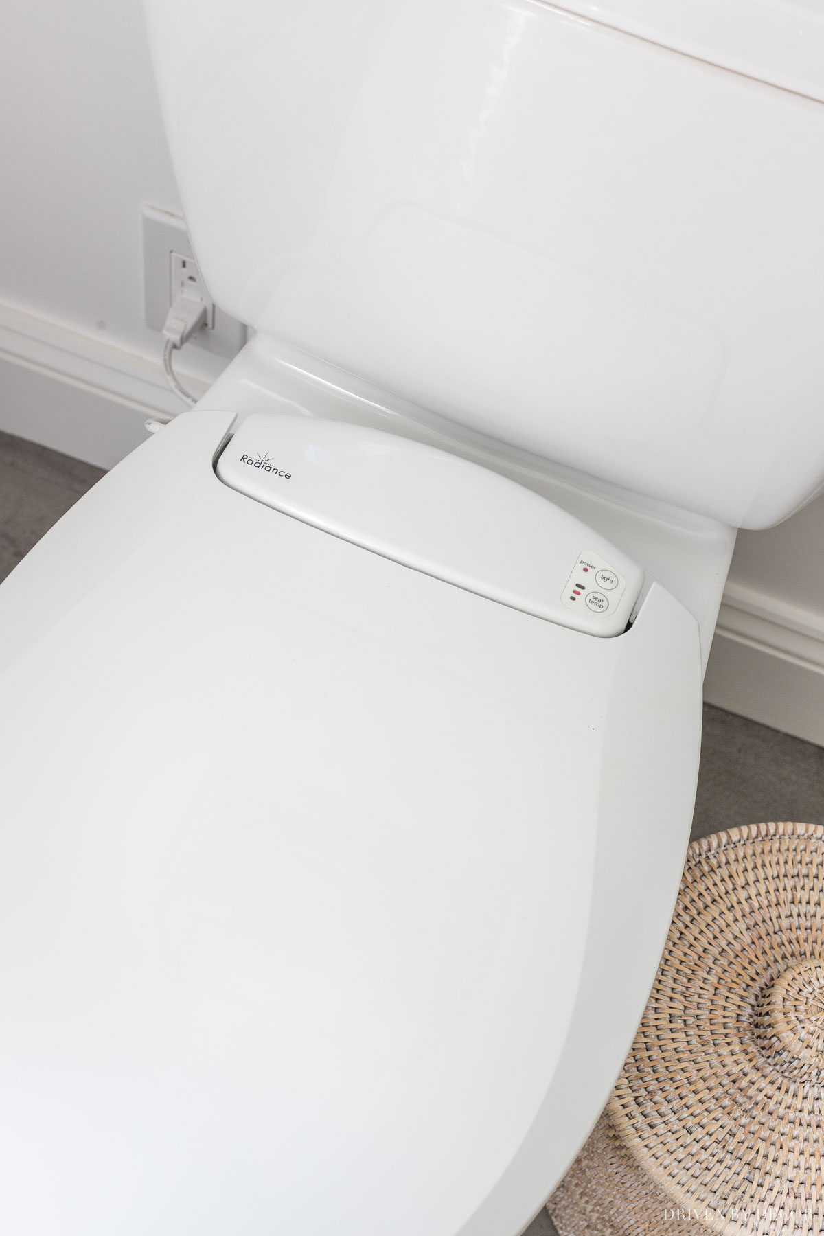 A heated toilet seat! One of the many master bathroom remodel ideas in this post!